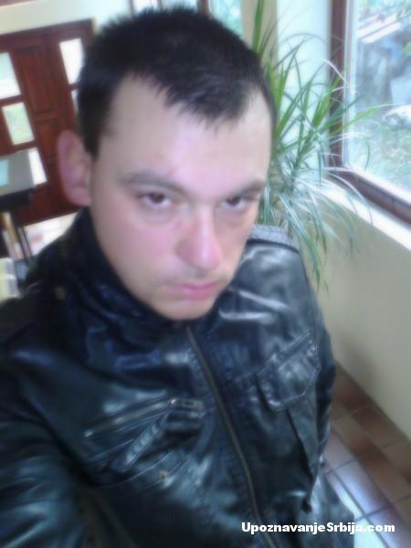 volim-starije-dame-2   Upoznavanje Srbija - kontakti licni